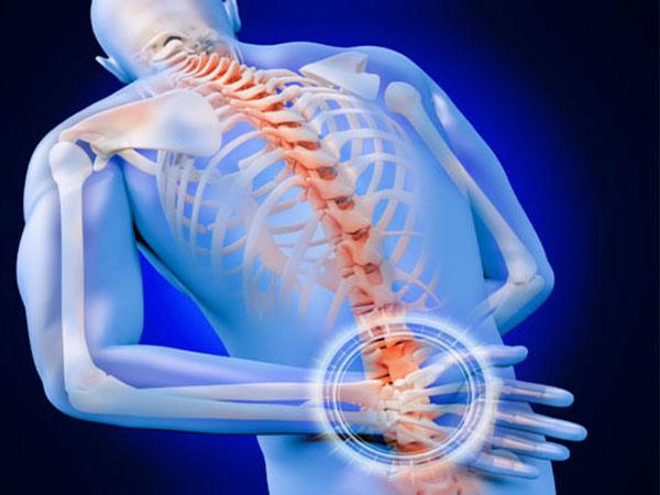 Khi nào đau lưng cần đến gặp bác sĩ