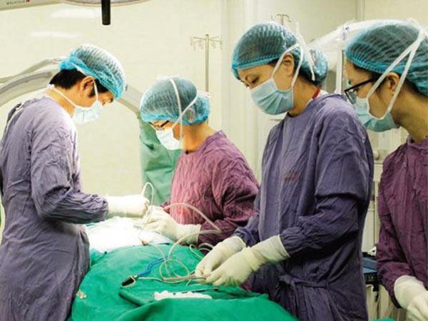 Chỉ định phẫu thuật khi vỡ C1